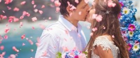 Couple in summer flower confetti